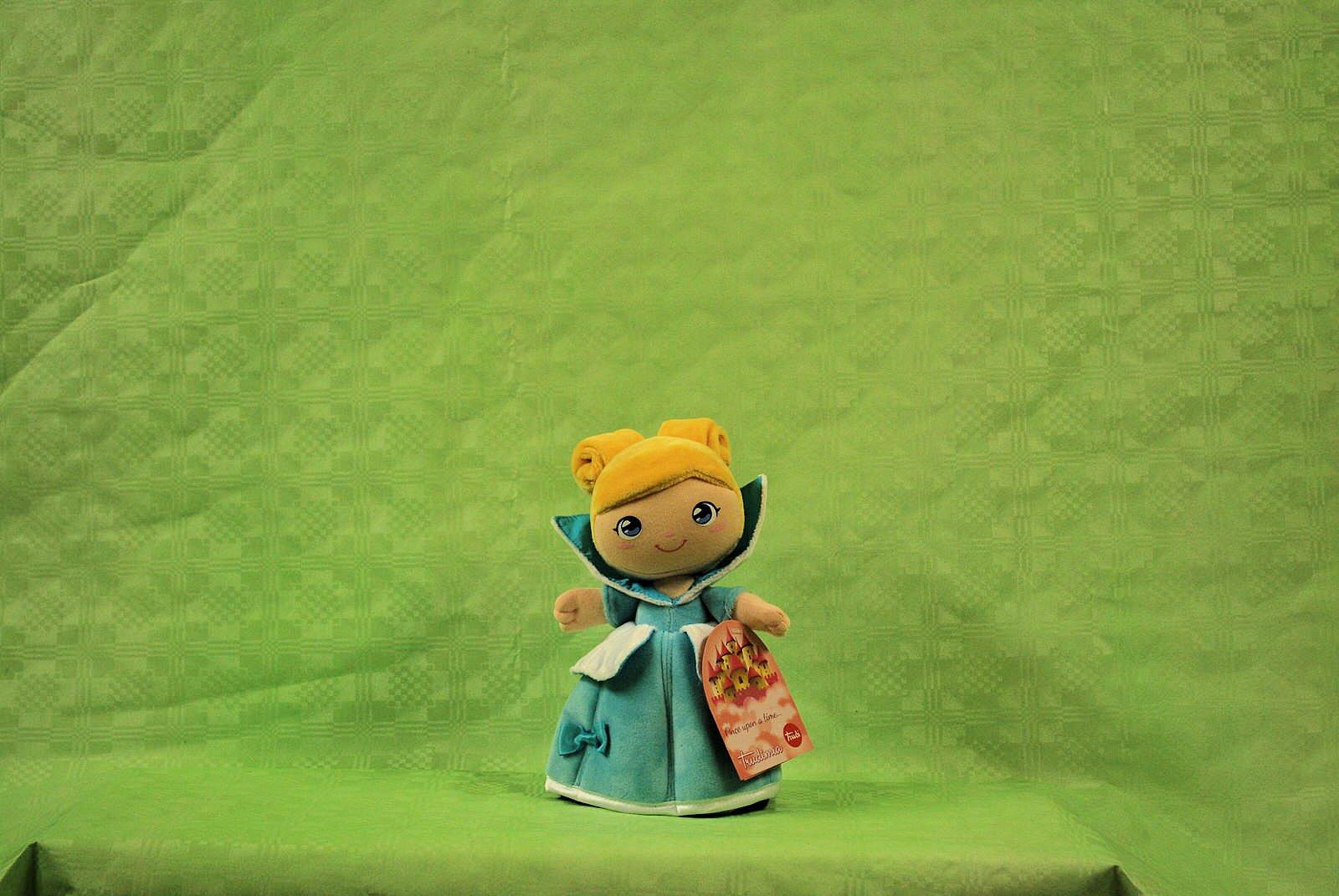Bambola Cenerentola Trudi 2