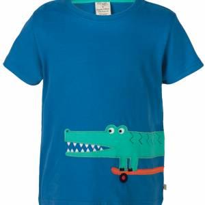T-shirt con coccodrillo sullo skate