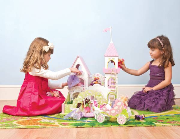 Fairybelle Palace Le Toy Van 2